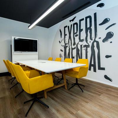 Landing corporate design - Turnkey Interiors - Corporate Design Build Interior Design