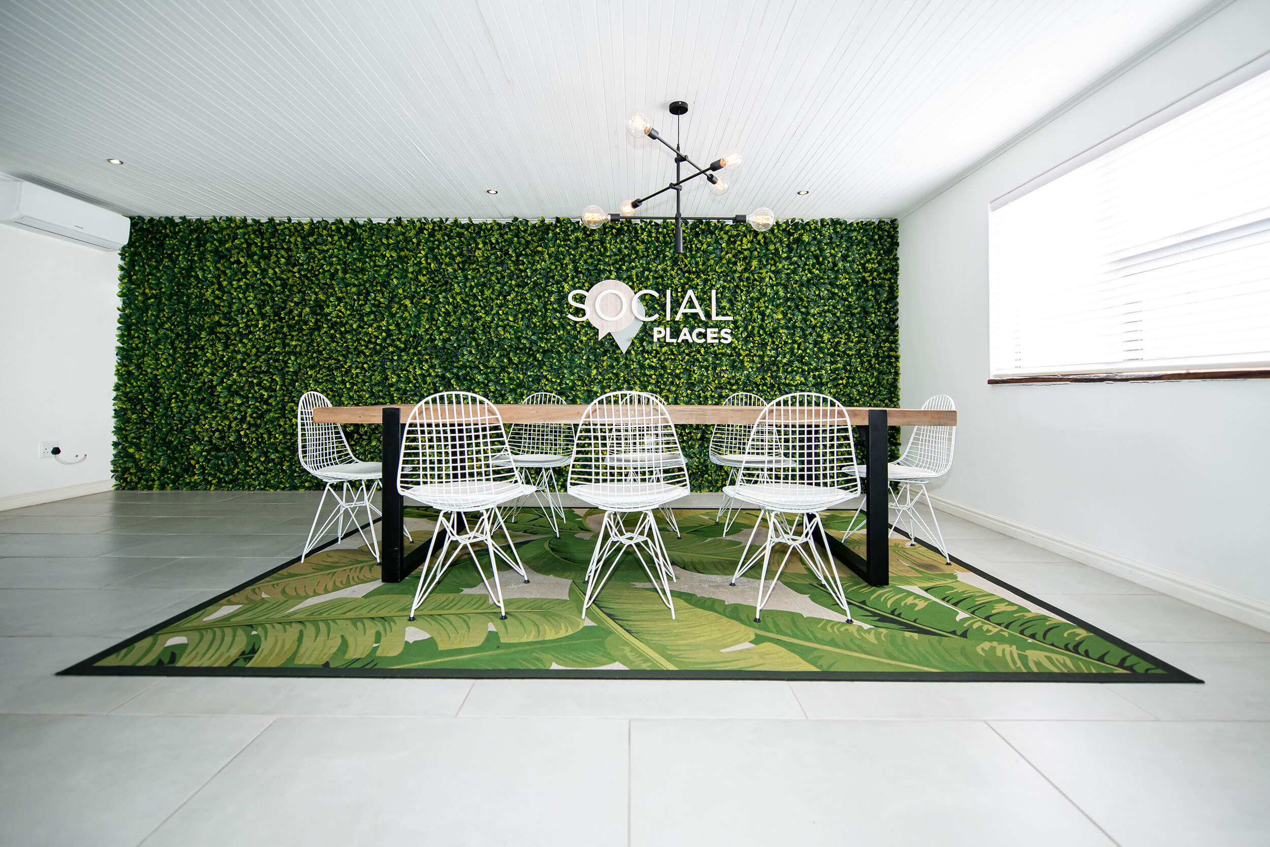 Social Places - Turnkey Interiors - Corporate Interior Design and Build